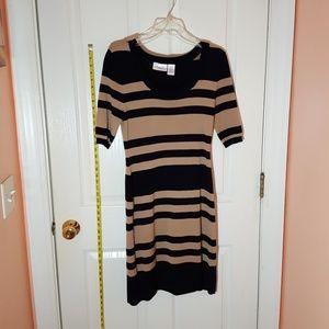 Mid  sleeve sweater dress
